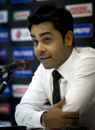 Canada captain Ashish Bagai addresses the media, Dhaka, February 10, 2011