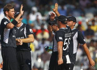 New Zealand celebrate after Jacob Oram dismissed Virender Sehwag,  India v New Zealand, World Cup 2011 warm-up, Chennai, February 16, 2011