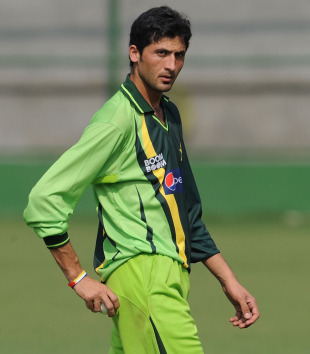 Uncapped 21-year-old fast bowler Junaid Khan in the nets, Mirpur, February 16, 2011