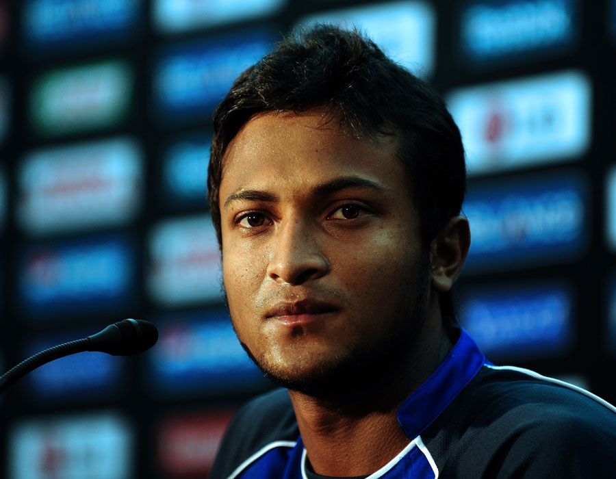 Shakib Al Hasan addresses the media, Dhaka, February 18, 2011