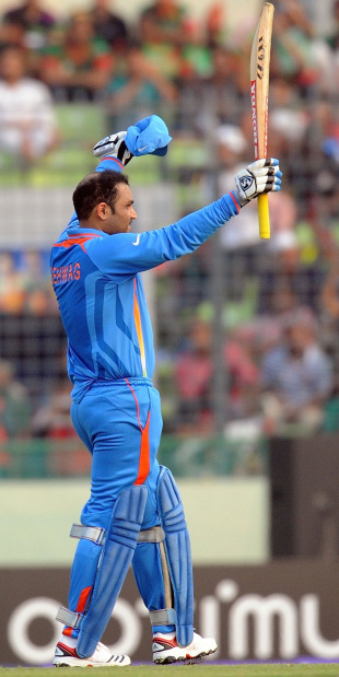 Virender Sehwag celebrates his hundred, Bangladesh v India, Group B, World Cup 2011, Mirpur, February 19, 2011