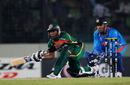 Raqibul Hasan sweeps during his run-a-ball 28, Bangladesh v India, Group B, World Cup 2011, Mirpur, February 19, 2011