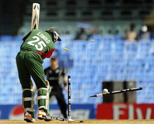Steve Tikolo's stumps go for a toss, Kenya v New Zealand, Group A, World Cup 2011, Chennai, February 20, 2011