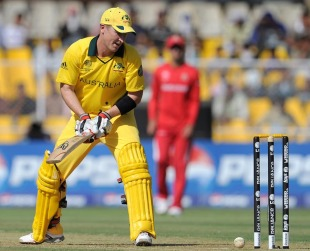 Brad Haddin survived though the ball rolled on to the stumps when he was on 16, Australia v Zimbabwe, Group A, World Cup 2011, Ahmedabad, February 21, 2011