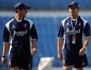 Ryan ten Doeschate and Netherlands coach Peter Drinnen at a training session, Vidarbha Cricket Association Ground, Nagpur