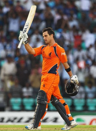 Ryan ten Doeschate reached a brilliant hundred with five overthrows, England v Netherlands, Group B, World Cup, Nagpur, February 22, 2011