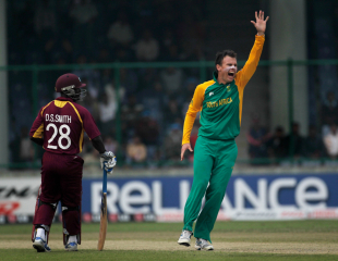 Johan Botha launches a successful appeal against West Indies, South Africa v West Indies, World Cup, Group B, Delhi, February 24, 2011