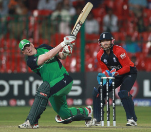 Kevin O'Brien landed some huge sixes to keep Ireland fighting, England v Ireland, World Cup 2011, Bangalore, March 2, 2011