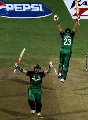 John Mooney and Trent Johnston are overjoyed, England v Ireland, World Cup 2011, Bangalore, March 2, 2011