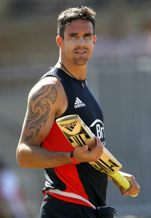 Kevin Pietersen at England's training session ahead of their World Cup match against South Africa, Chennai, March 5, 2011