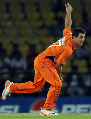 Ryan ten Doeschate picked up two wickets against England, England v Netherlands, Group B, World Cup 2011,