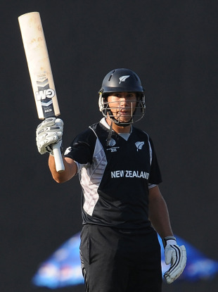 Ross Taylor completed a fifty off 78 balls after getting off to a scratchy start, New Zealand v Pakistan, Group A, World Cup, Pallekele, March 8, 2011