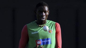 Chris Mpofu practises his bowling before Zimbabwe's game against Sri Lanka