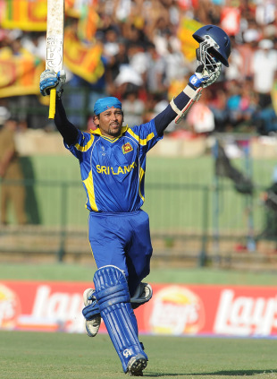 Tillakaratne Dilshan celebrates his 95-ball century, Sri Lanka v Zimbabwe, Group A, World Cup, Pallekele, March 10, 2011