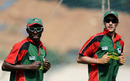 Kenya captain Jimmy Kamande and opening batsman Seren Waters train in Bangalore, World Cup 2011, Bangalore, March 11 2011