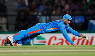 Virender Sehwag dives in the field, India v South Africa, Group B, World Cup, Nagpur, March 12, 2011