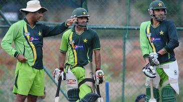 Waqar Younis has a word with Mohammad Hafeez and Misbah-ul-Haq at the nets