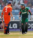 Mushfiqur Rahim gives Alexei Kervezee an aggressive send-off