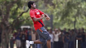 Munaf Patel bowls during India's training session