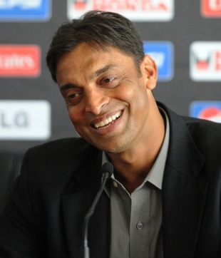 Shoaib Akhtar smiles while announcing his retirement, Colombo, March 17, 2011