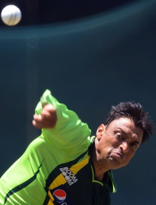 Shoaib Akhtar bowls in the nets, Colombo, March 17, 2011