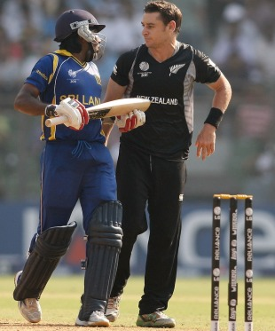 Nathan McCullum and Mahela Jayawardene exchanged words after the catch that wasn't, New Zealand v Sri Lanka, Group A, World Cup 2011, Mumbai, March 18, 2011