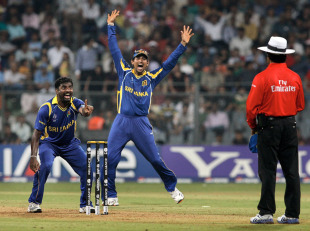 Muttiah Muralitharan appeals successfully for lbw against Ross Taylor, New Zealand v Sri Lanka, Group A, World Cup 2011, Mumbai, March 18, 2011