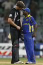 Jacob Oram and Muttiah Muralitharan shake hands, New Zealand v Sri Lanka, Group A, World Cup 2011, Mumbai, March 18, 2011