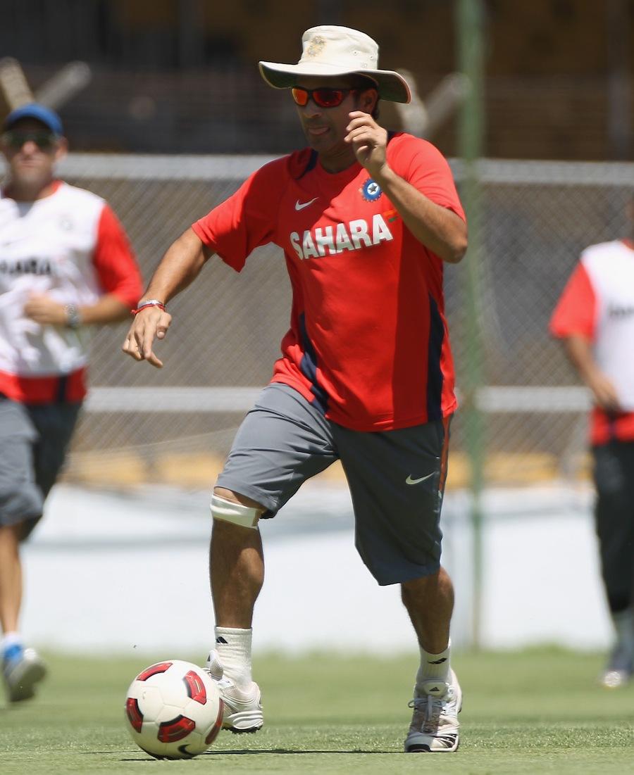 Sachin Tendulkar plays football at Motera