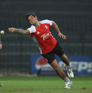 Jade Dernbach, England's latest squad member, strains to impress during practice, Colombo, March 22, 2011