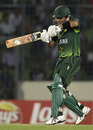 Kamran Akmal dismisses one to the boundary