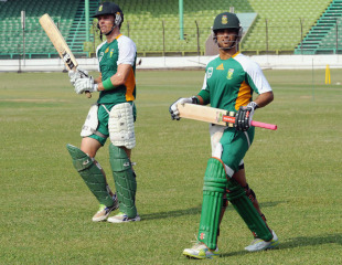 Johan Botha and JP Duminy prepare to have a bat in the nets, Dhaka, March 23, 2011