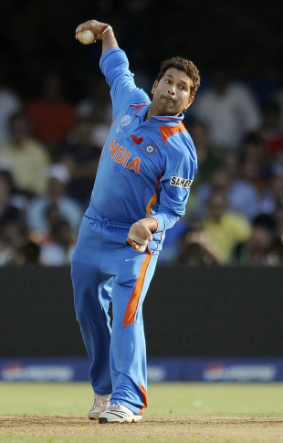 Sachin Tendulkar had a bowl, India v Australia, India v Australia, 2nd quarter-final, Ahmedabad, World Cup 2011, March 24, 2011