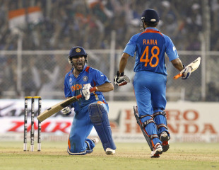 Yuvraj Singh roars after taking India to victory, India v Australia, 2nd quarter-final, Ahmedabad, World Cup 2011, March 24, 2011