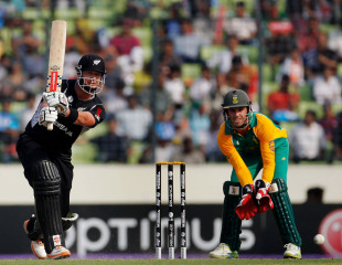 World Cup – New Zealand v South Africa 3rd Quarter-Final Highlights at Dhaka  130505.2