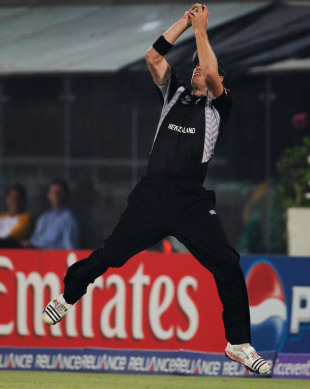 Jacob Oram takes a catch right on the boundary to dismiss Jacques Kallis, New Zealand v South Africa, 3rd quarter-final, Mirpur, World Cup 2011, March 25, 2011