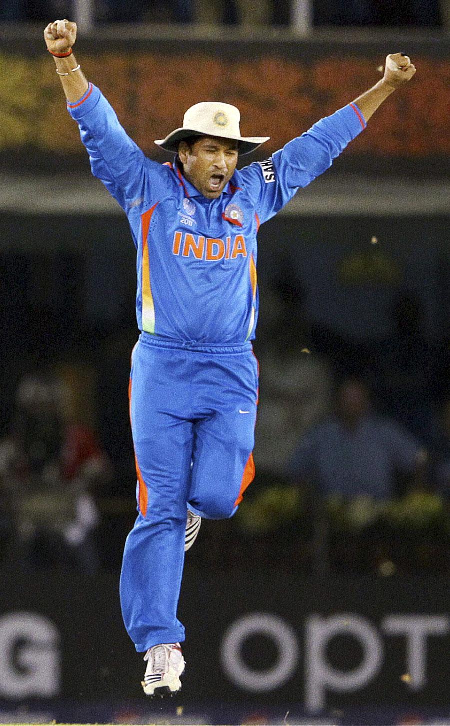 Sachin Tendulkar Celebrates Indias Win With An Ecstatic Leap