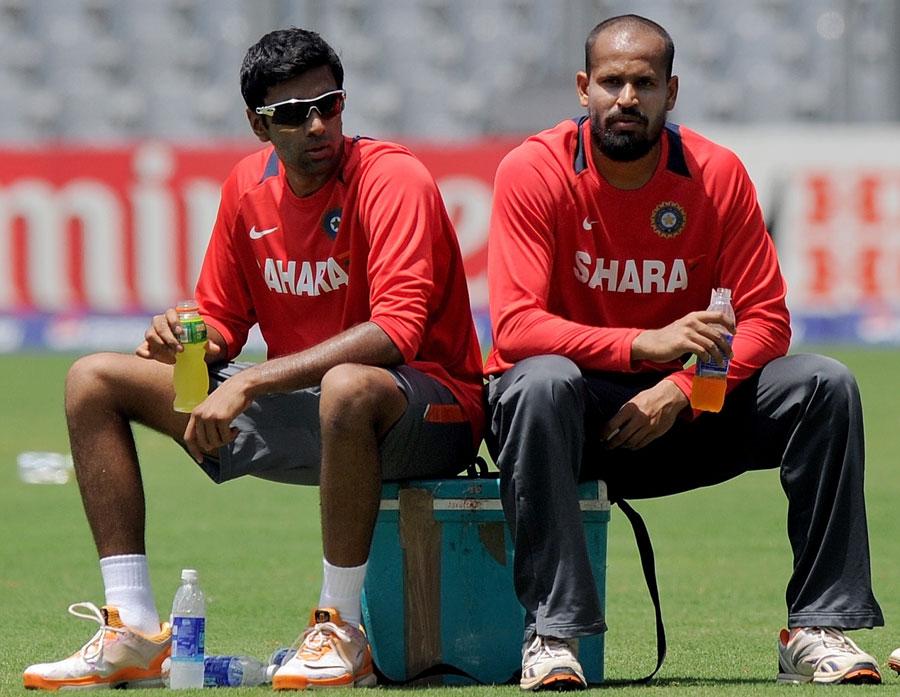 R Ashwin and Yusuf Pathan take a breather