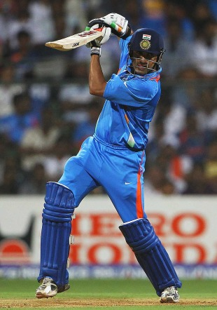 Gautam Gambhir crunches one through the off side, India v Sri Lanka, final, World Cup 2011, Mumbai, April 2, 2011