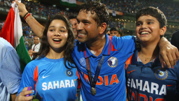 Sachin Tendulkar takes a victory lap along with daughter Sara and son Arjun