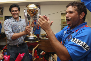 Anil Kumble, who was part of four unsuccessful World Cup campaigns, is given a chance to hold the trophy, India v Sri Lanka, final, World Cup 2011, Mumbai, April 2, 2011