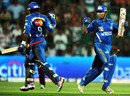 Sachin Tendulkar and Ambati Rayudu celebrate Mumbai Indians' win, Royal Challengers Bangalore v Mumbai Indians, IPL 2011, Bangalore, April 12, 2011