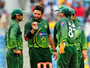 Shahid Afridi issues instructions to his team, West Indies v Pakistan, 4th ODI, Barbados, May 2, 2011
