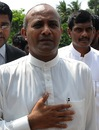 Hashan Tillakaratne in Colombo, where he was asked about his comments on match-fixing, May 3, 2011