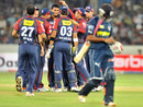 Aavishkar Salvi removes Ravi Teja early, Deccan Chargers v Delhi Daredevils, IPL 2011, Hyderabad, May 5, 2011