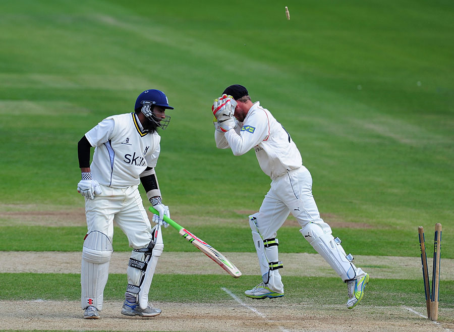 132696 - Muhammad Yousuf shows his class on poor pitch