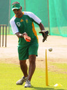Vincent Barnes, South Africa's assistant coach, at training, World Cup 2011, Delhi, February 27, 2011