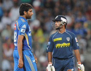 Tempers flared as Amit Mishra struck Munaf Patel for four boundaries in the final over, Mumbai Indians v Deccan Chargers, IPL 2011, Mumbai, May 14, 2011