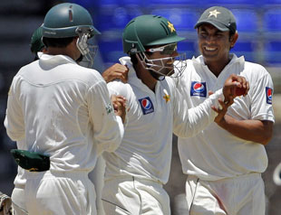 Abdur Rehman sparkled with four wickets as Pakistan squared the series 1-1 after defeating West Indies with over two sessions to spare at St Kitts