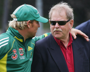 Shane Warne chats with Terry Jenner, Hobart, November 15, 2005